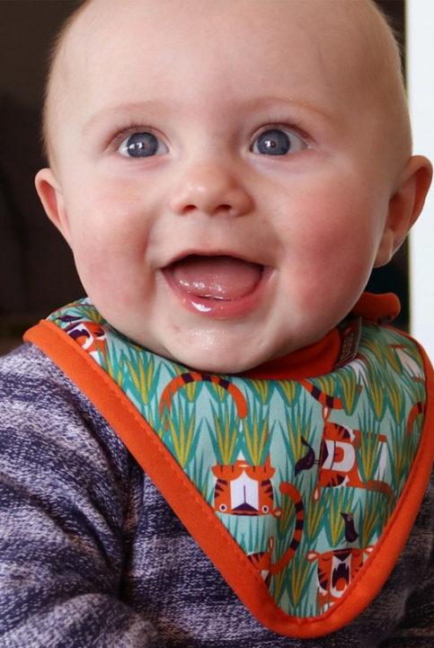 babero bandana bebé tigres