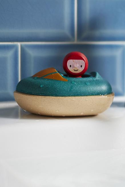 Barco juguete sostenible