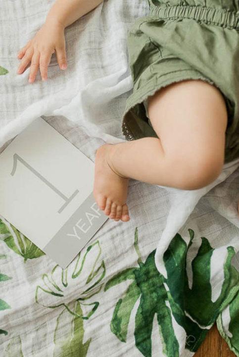 Sábana fotos bebe y tarjetas edad