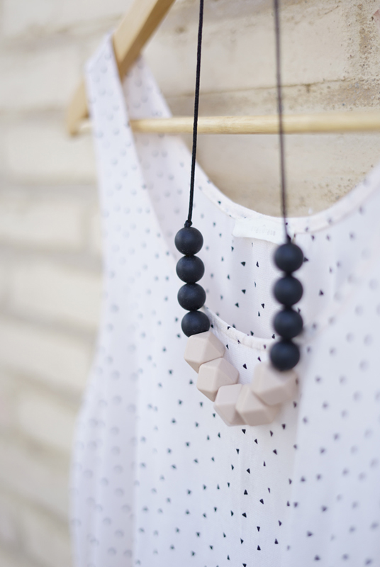Collar lactancia y maternidad Moon